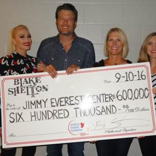 BLAKE SHELTON DONATES $600,000 TO THE JIMMY EVEREST CHILDREN'S HOSPITAL IN OKLAHOMA CITY ON OPENING WEEKEND OF HIS FALL TOUR PRESENTED BY GILDAN